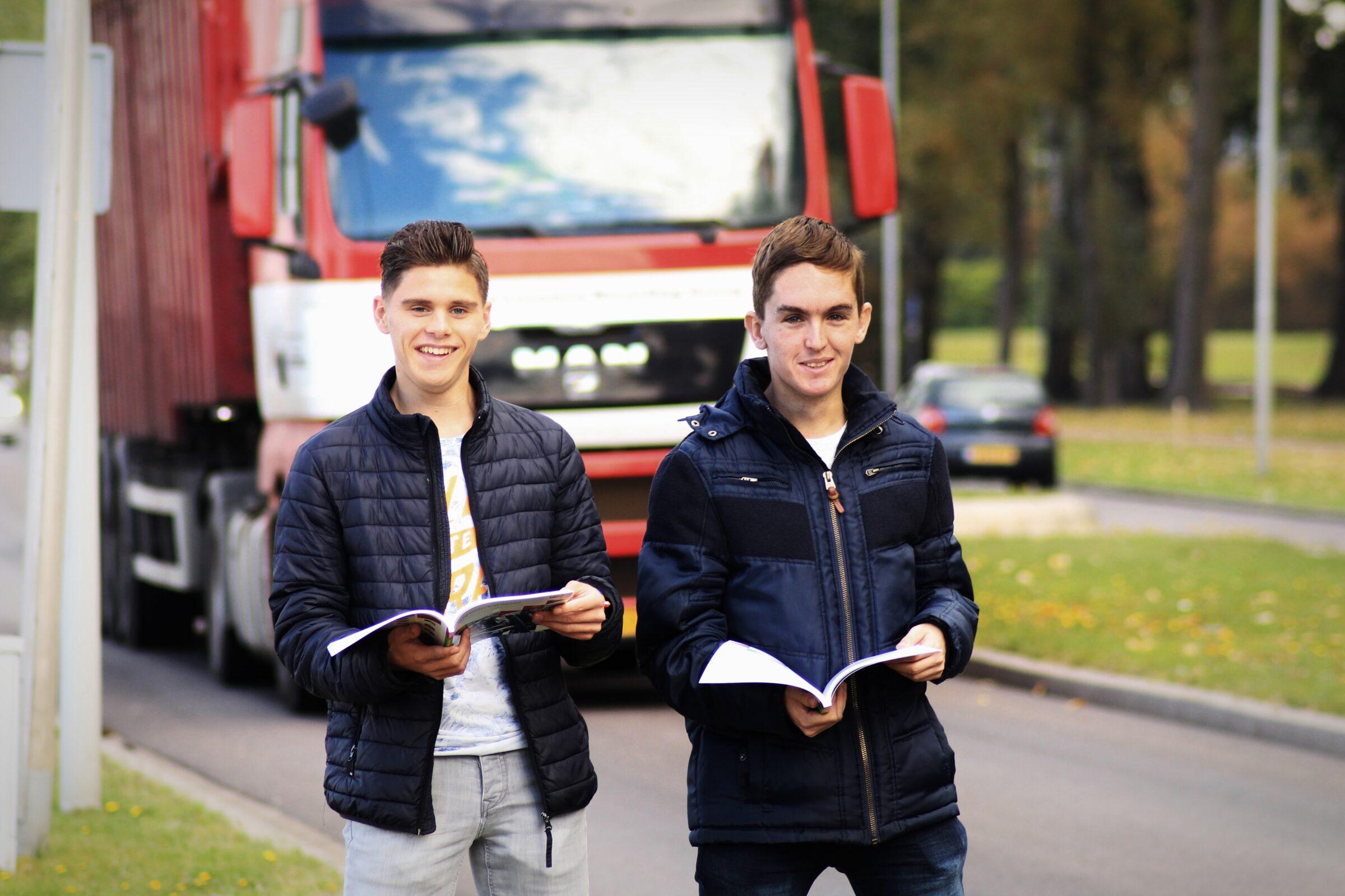 Studenten van de opleiding Logistiek